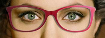 Des lunettes dans les tons abricot, cerise ou rose pour des yeux bleus ou verts